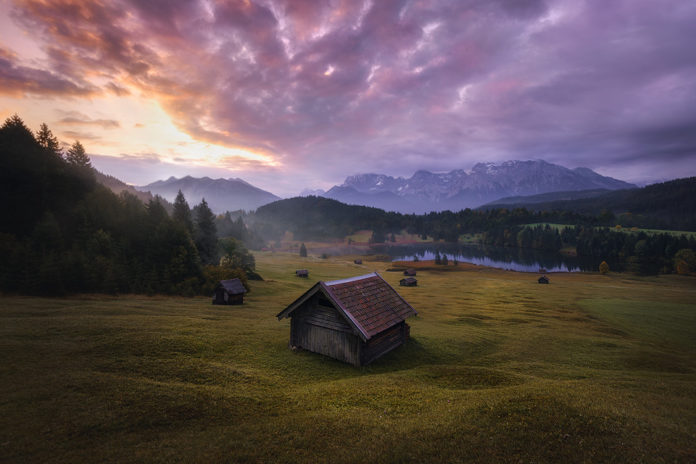 How to Work Light in Your Landscape Editing