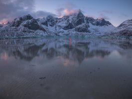Straighten Horizon in Photoshop